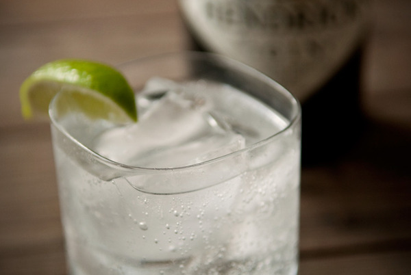 gin-and-tonic-3